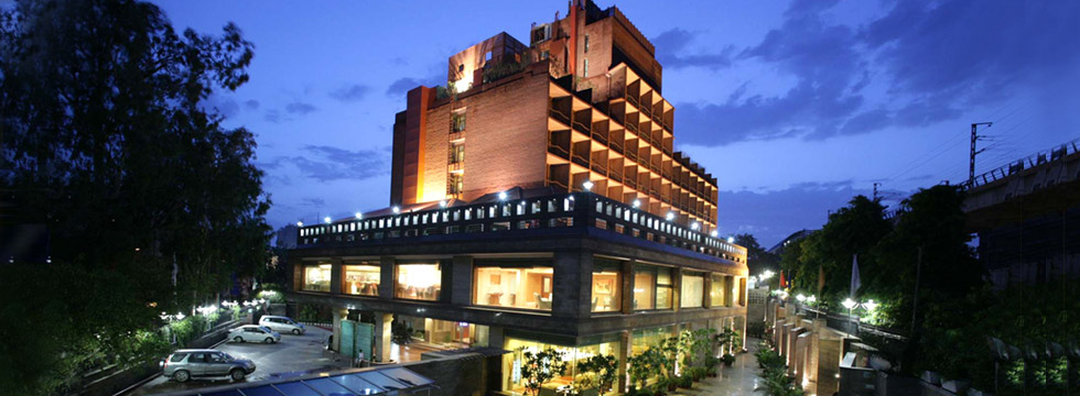 7 Best Luxury Hotels In Delhi (India) / Hotel Siddharth