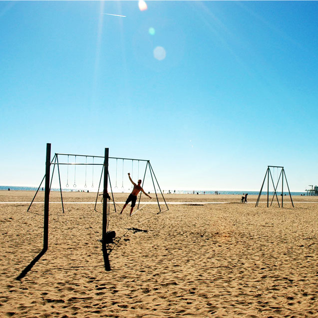 10 Reasons Why You Should Visit Santa Monica This Holiday Season / Beach Getaway