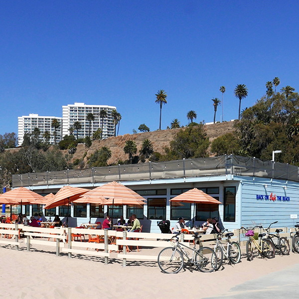 10 Reasons Why You Should Visit Santa Monica This Holiday Season / Santa Monica Restaurants