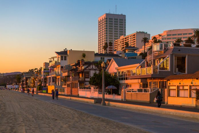 10 Reasons Why You Should Visit Santa Monica This Holiday Season
