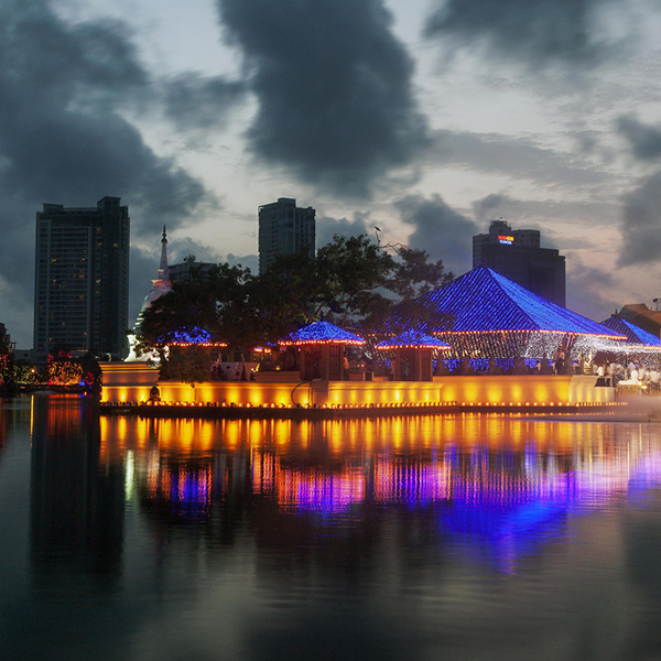 14 Best Things To Do In Colombo | Beira Lake