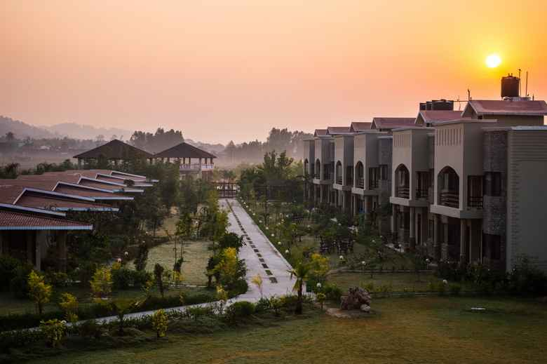 Best Resorts In Jim Corbett / Corbett Tusker Trail