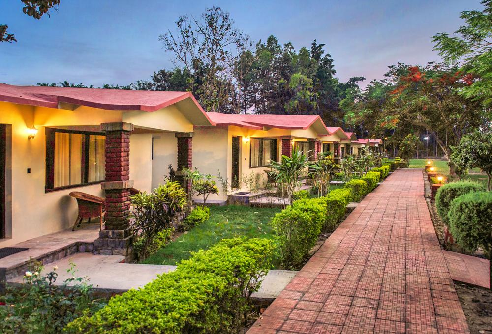 Best Resorts In Jim Corbett / Manu Maharani Resort