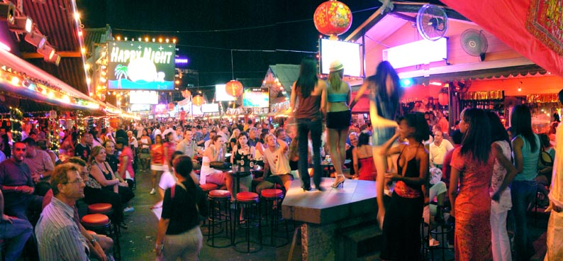 16 Best Things To Do In Phuket, Thailand / Bangla Road
