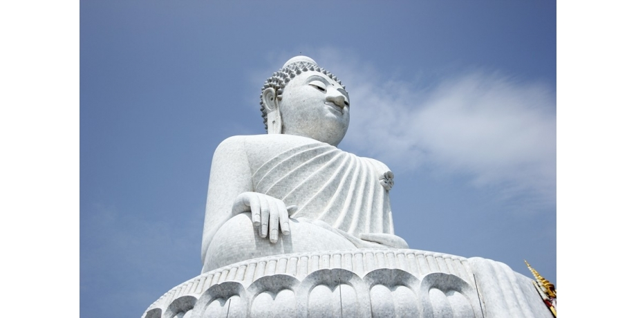16 Best Things To Do In Phuket, Thailand / The Big Buddha