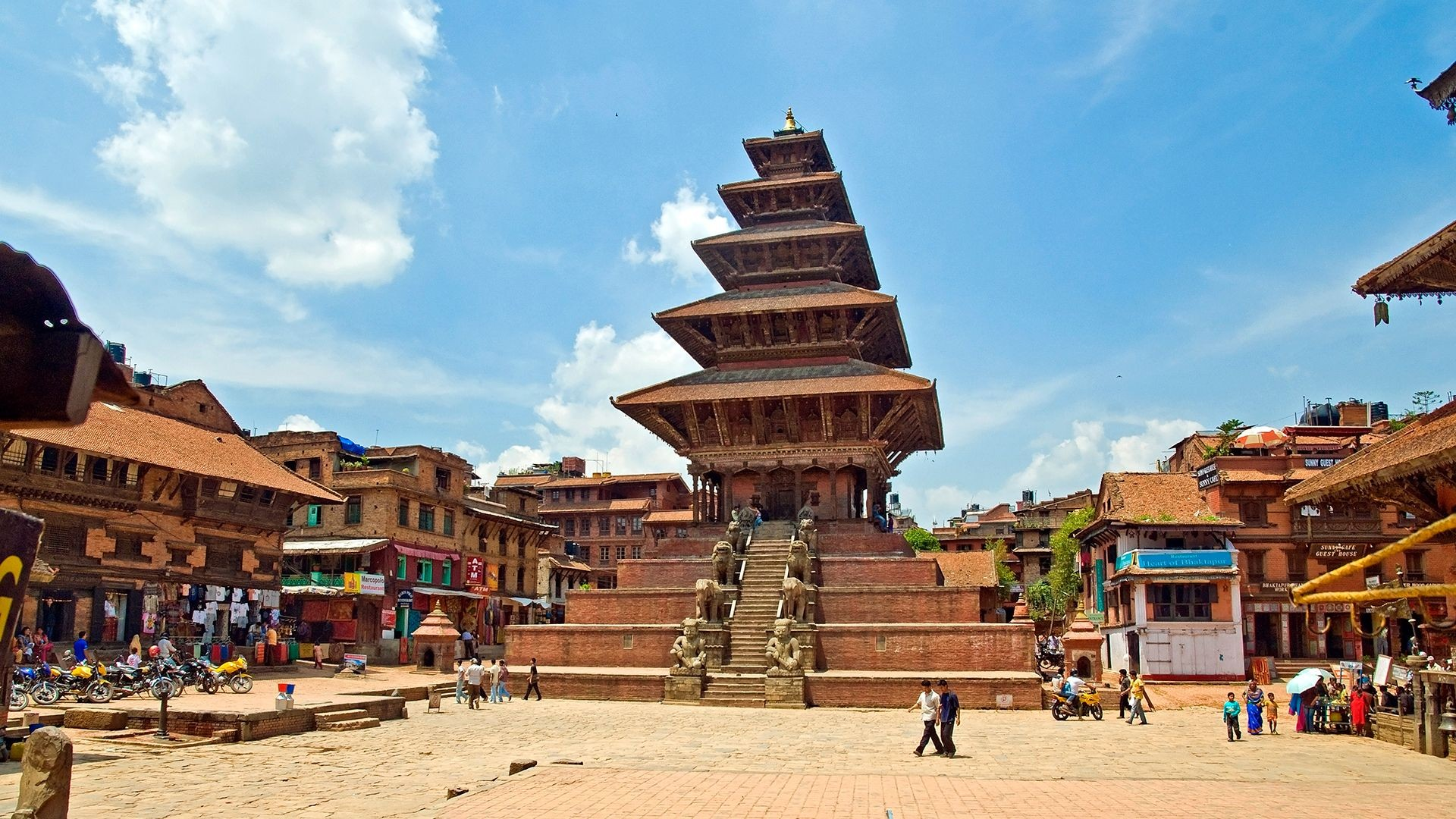 13 Best Places To Visit In Nepal / Bhaktapur