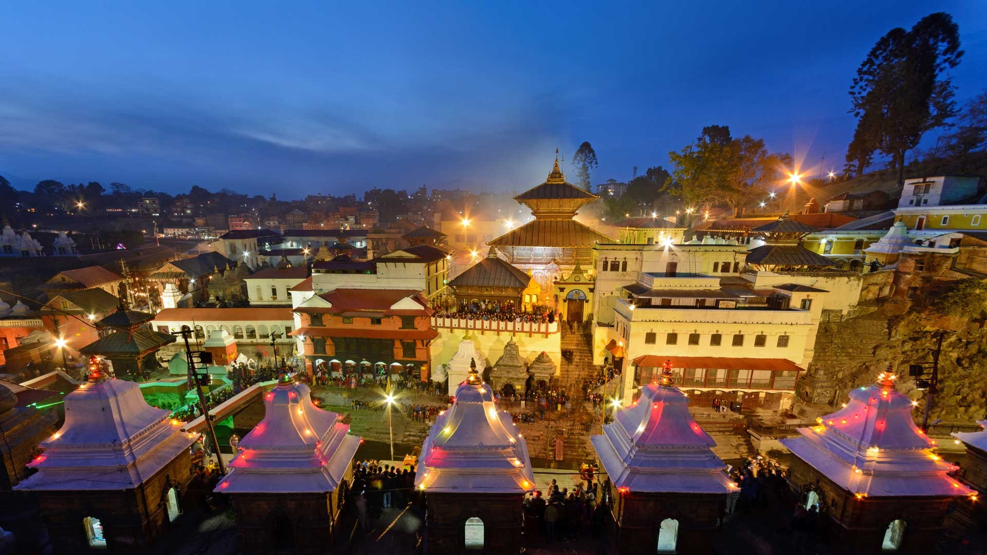 13 Best Places To Visit In Nepal / Pashupatinath Temple