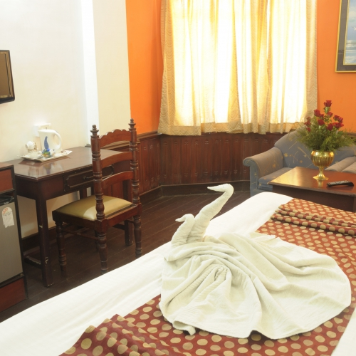 Best Hotels In Munnar - Hotel Hill View