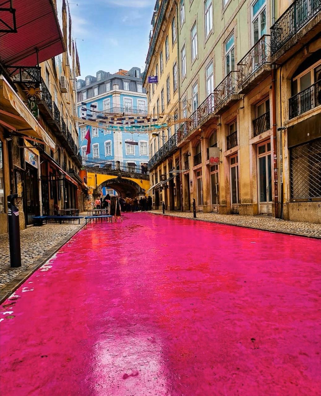 The Pink Street - Top 13 Instagram Spots In Lisbon