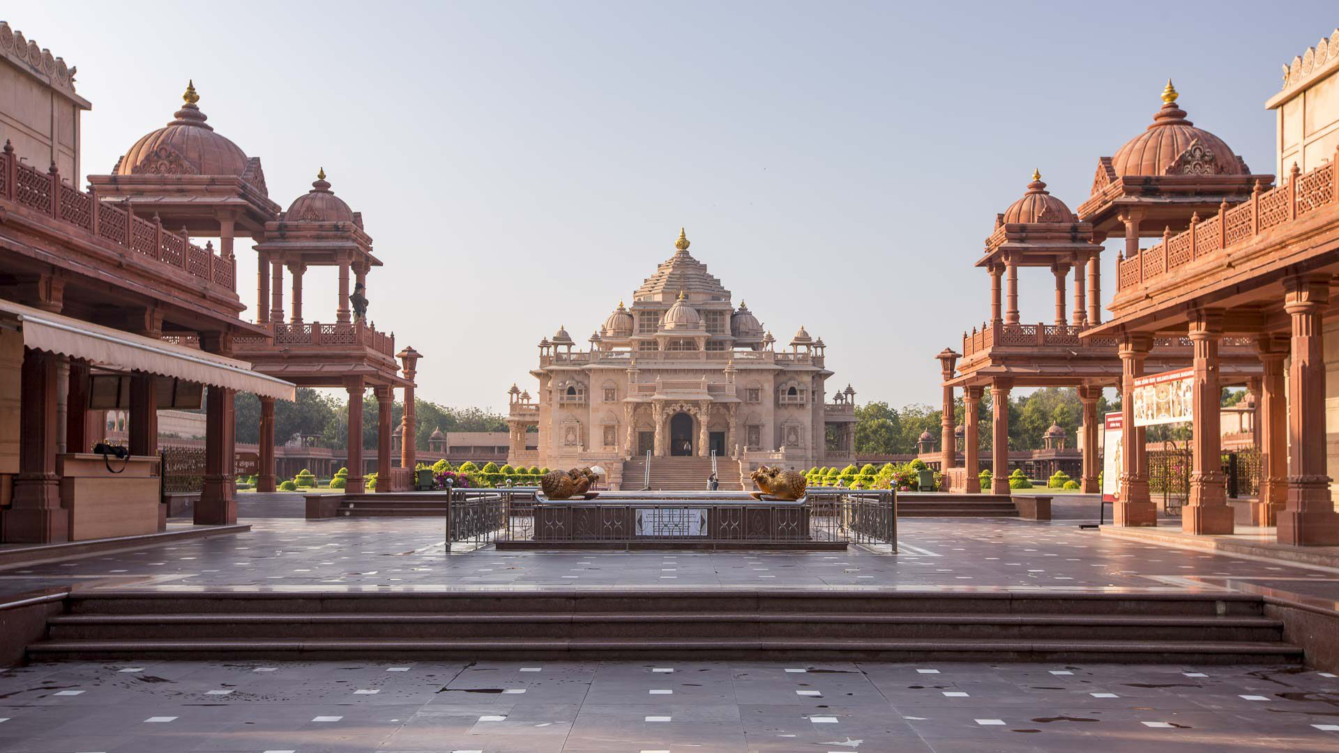 Things To Do In Ahmedabad / Akshardham Temple