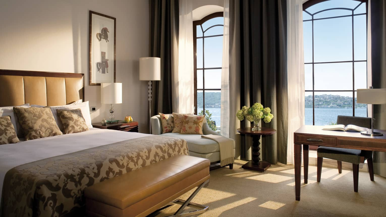 Where To Stay In Istanbul: TSG's 11 Best Hotels In Istanbul / Four Seasons Hotel Istanbul At The Bosphorus
