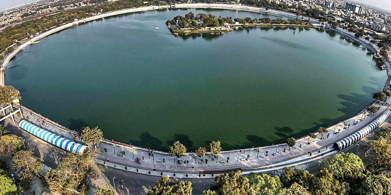Things To Do In Ahmedabad / Kankaria Lake