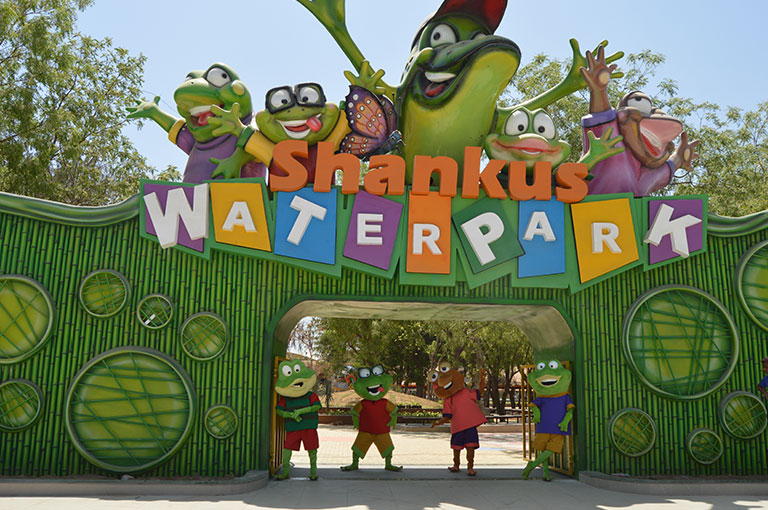 Things To Do In Ahmedabad / Auto World Vintage Car Museum /Shankus Water Park
