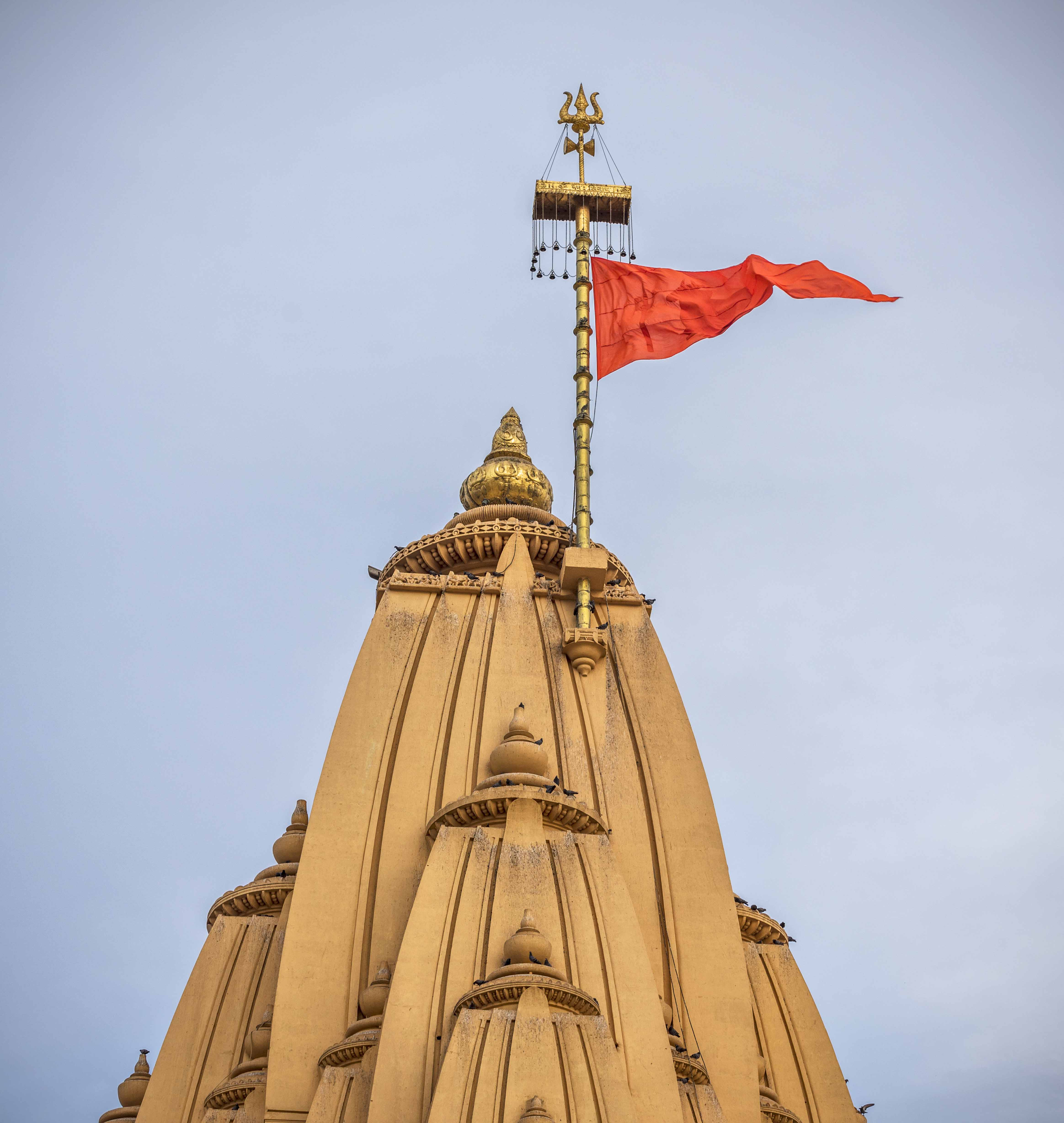 11 Best Places To Visit In Gujarat / Somnath Mahadev Temple
