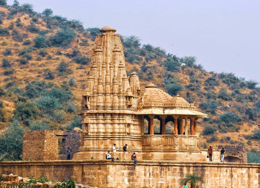 Haunted Places In India - Bhangarh Fort