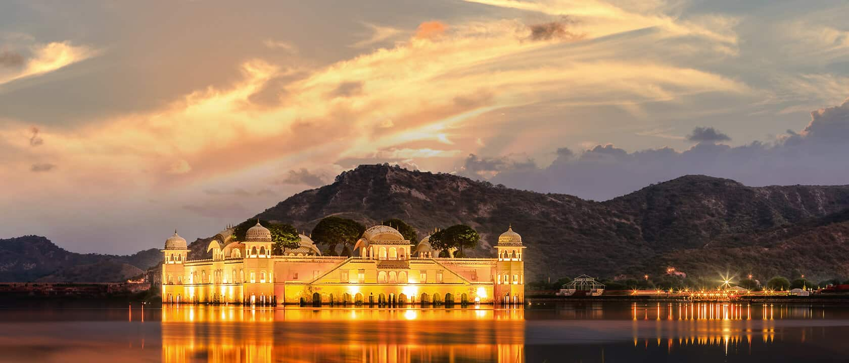 Best Instagrammable Places In Jaipur - Jal Mahal Palace