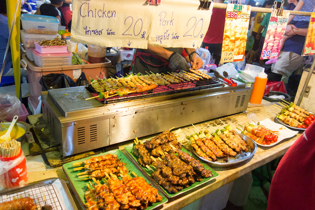 Best Things To Do In Krabi / Krabi Weekend Night Market