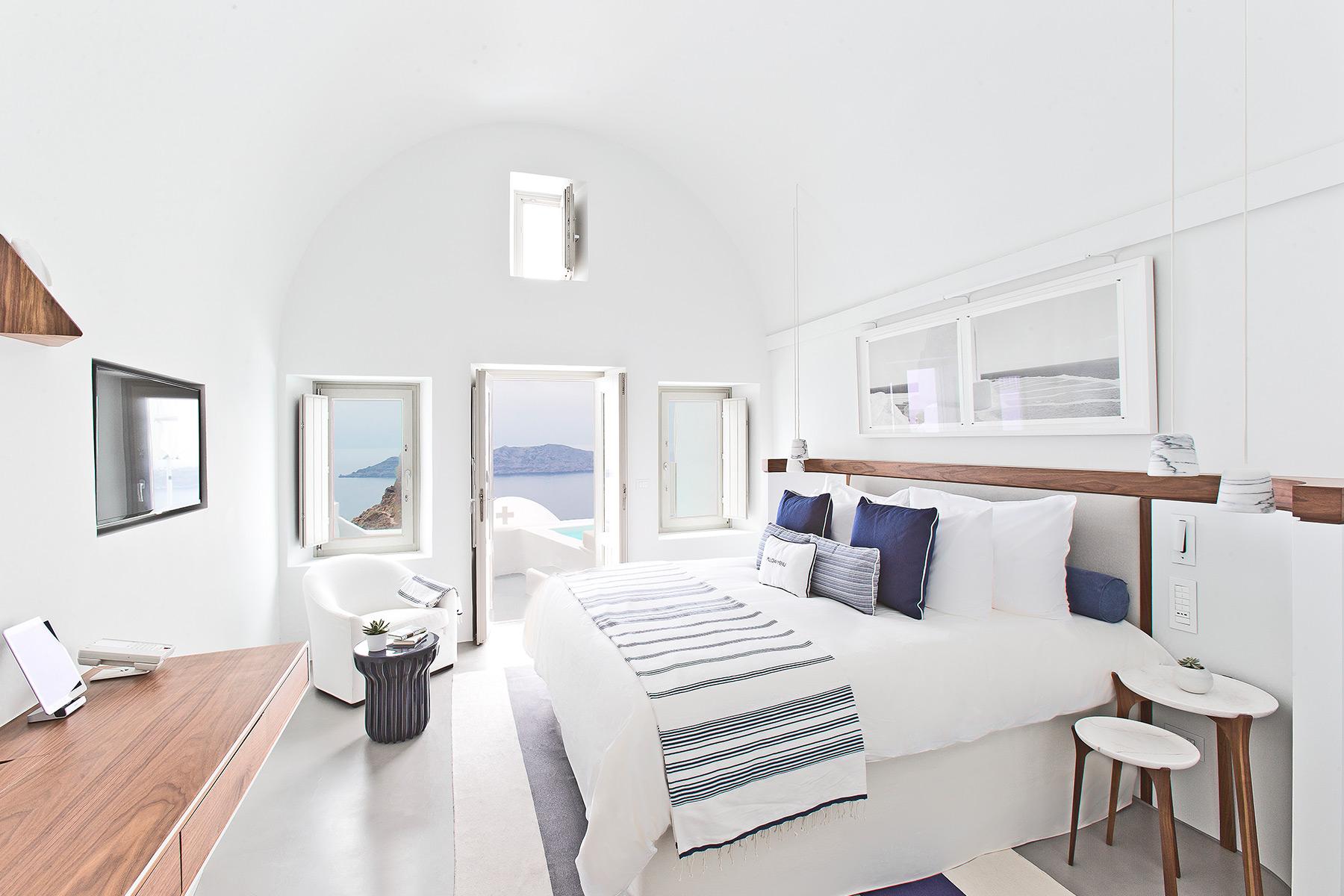 Grace Hotel Santorini - Best Hotels In Santorini
