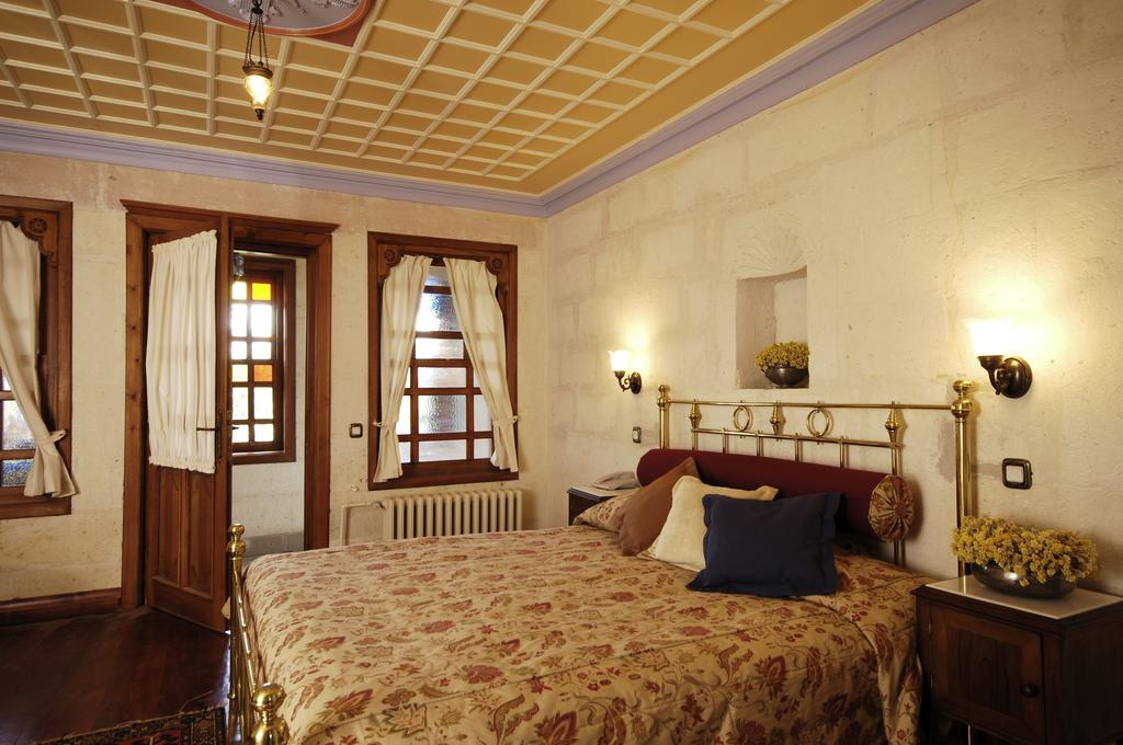 Gul Konaklari - Sinasos Rose Mansions / One Of The Best Hotels In Cappadocia