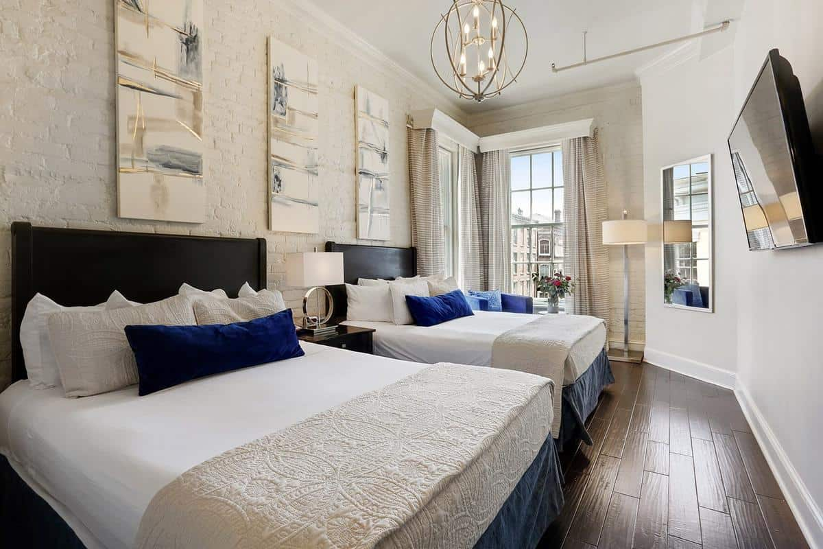 Best Hotels In French Quarter / LA Galerie French Quarter Hotel