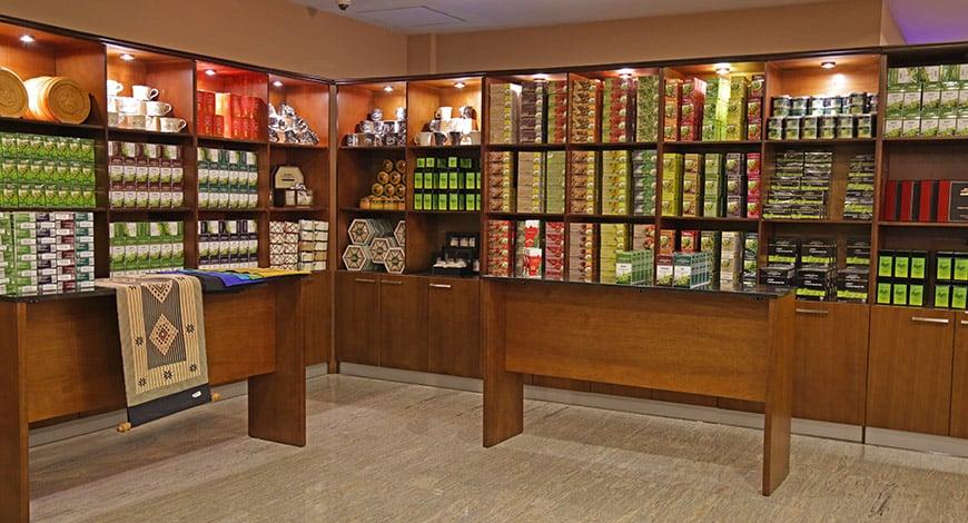 Best Things To Do In Nuwara Eliya - Damro Tea Lounge