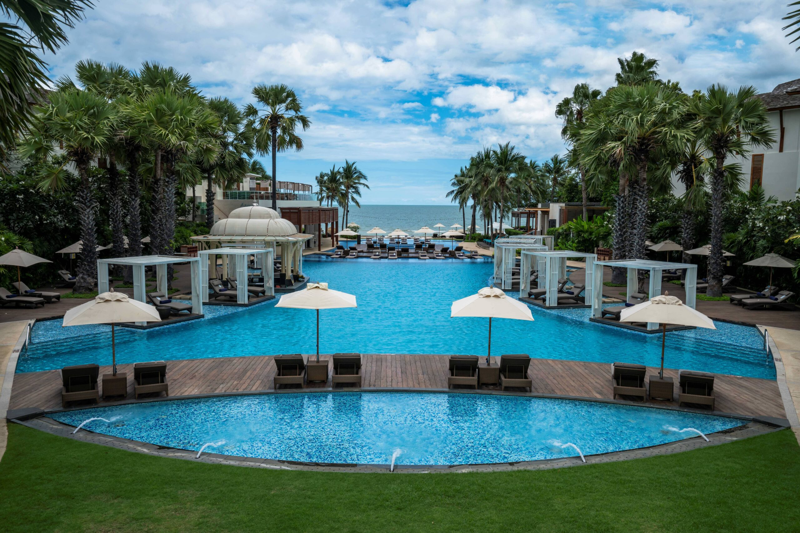 InterContinental Hua Hin Resort / Best Hotels In Hua Hin