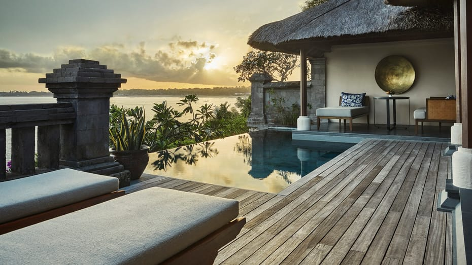 Four Seasons At Jimbaran bay / Best Hotels In Bali