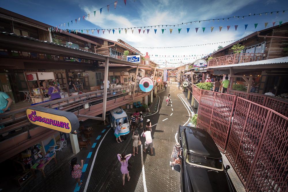 Plearn Wan Shopping / Best Things To Do In Hua Hin