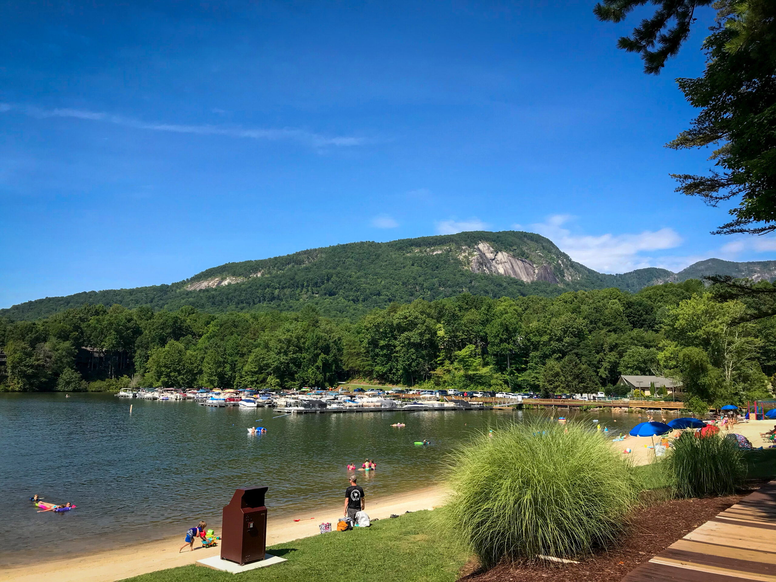 Rumbling Bald Resort On Lake Lure / Best Hotels In Asheville NC