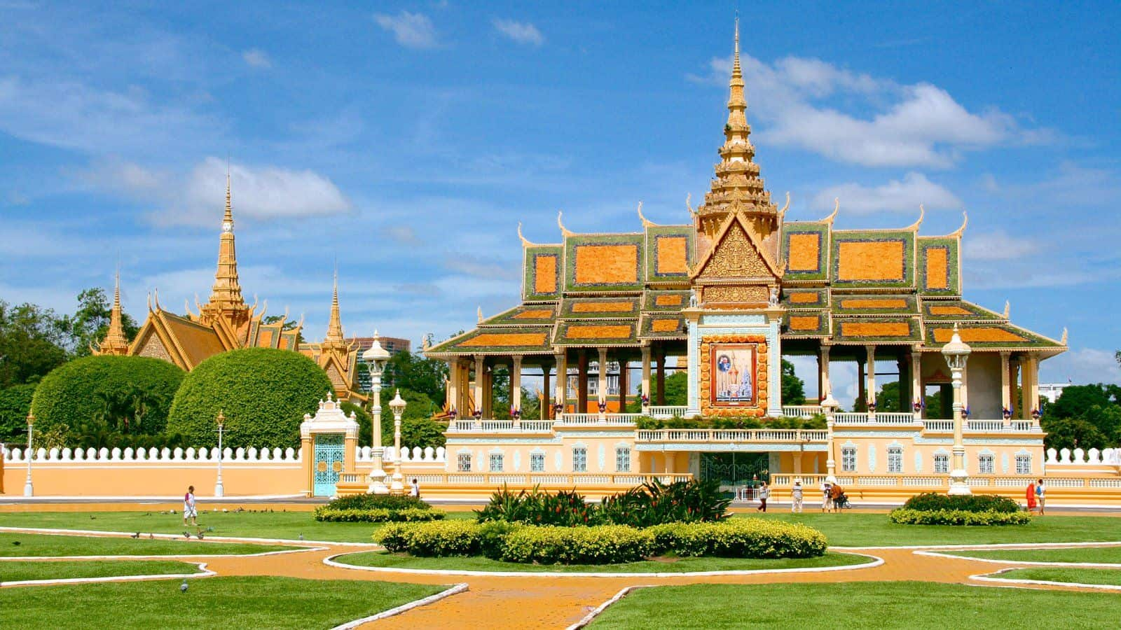 Royal Palace / Best Things To Do In Phnom Penh