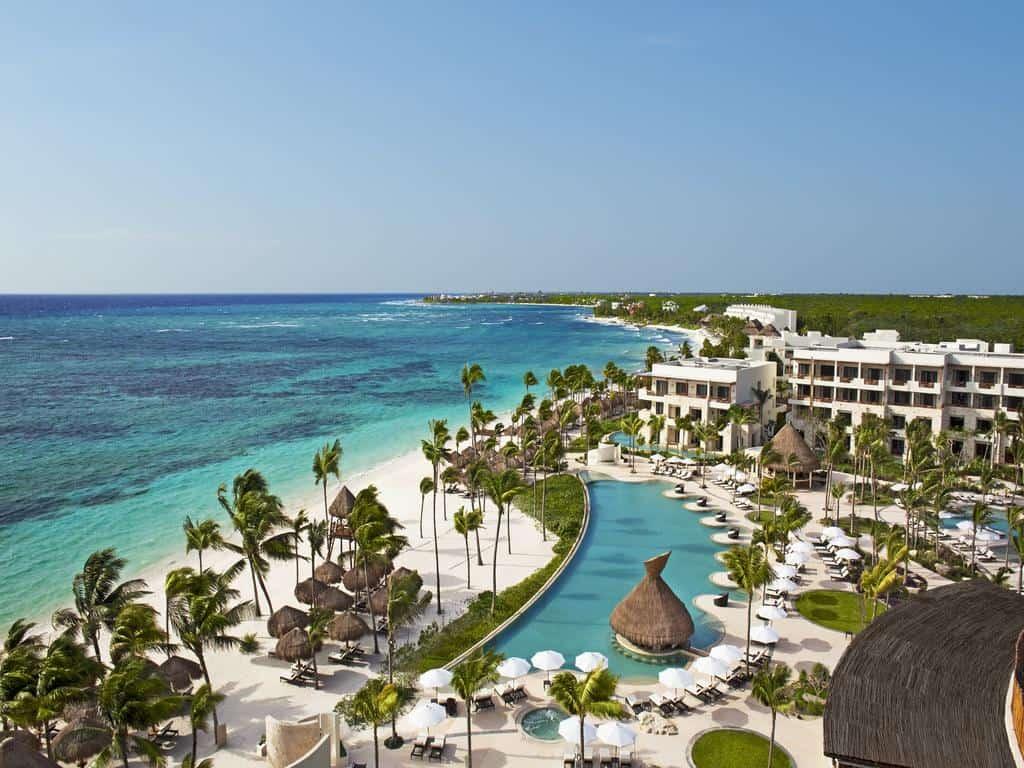 Akumal Beach / Things To Do In Riviera Maya