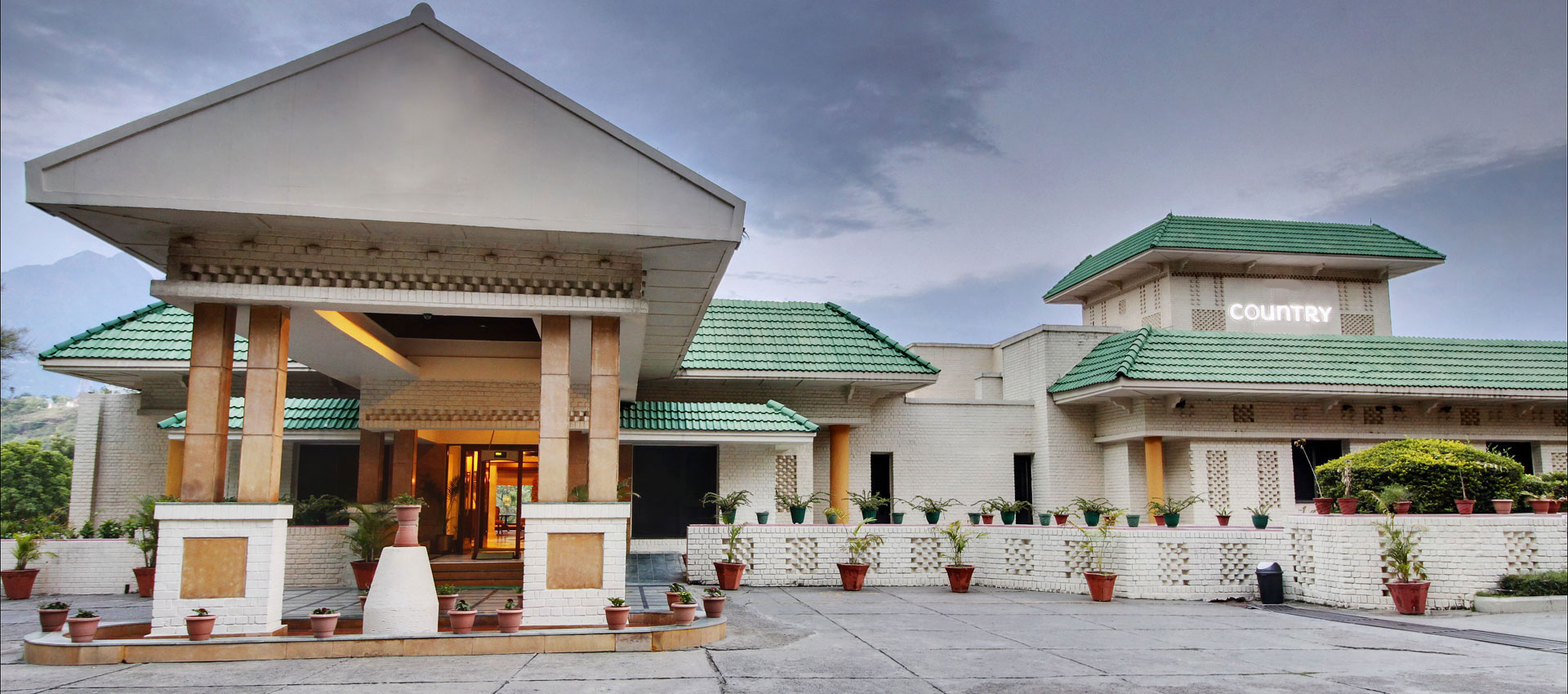 Country Resort By AHRPL / Best Hotels In Katra