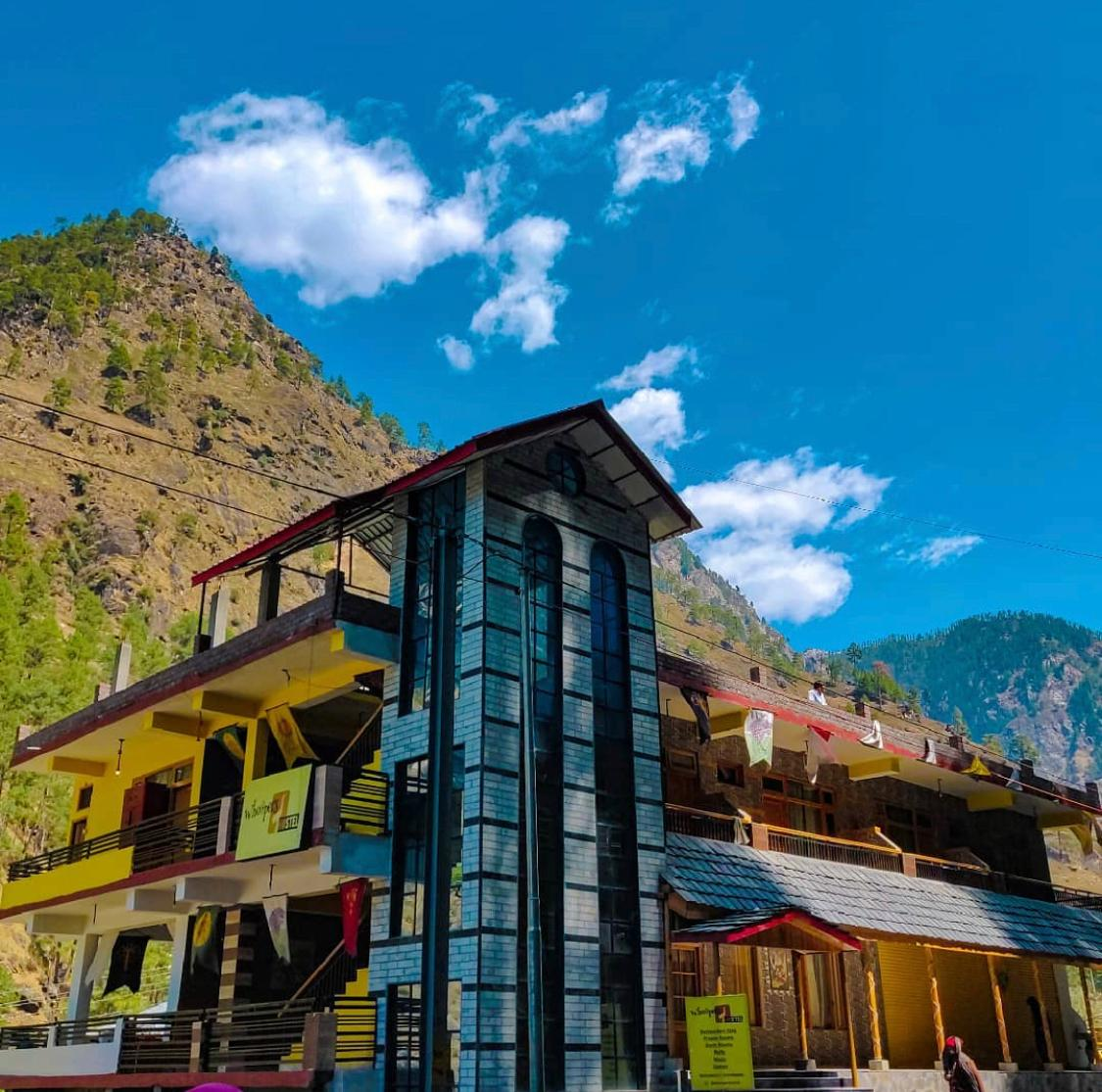 Whoopers Hostel / Best Hostels In Kasol